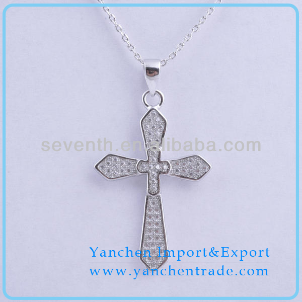 New Designed Fashion Cross Brass Pendant With Rhodium Plated