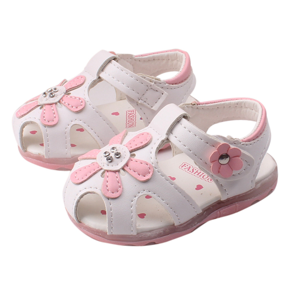 Splendid 2016 newest Toddler New Sunflower Girls Sandals Lighted Soft Soled Princess Shoes infant babies hot