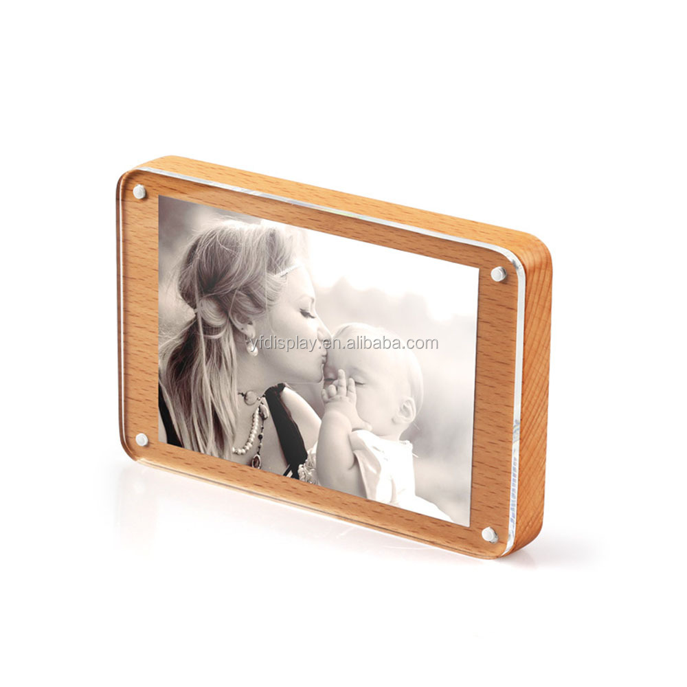 Superior quality wood photo frame for decoration