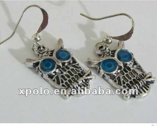 2012 Vintage Style Animal Shape Earrings With Blue Eyes Owl