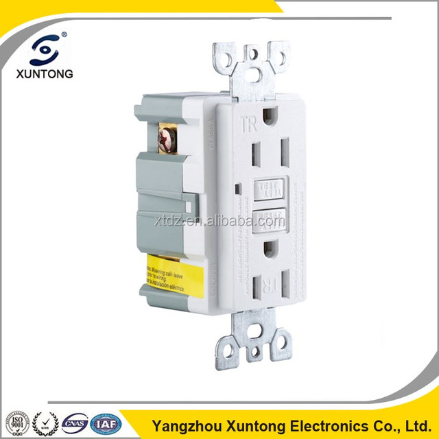 15 Amp electrical wall outlet socket Dual USB Power Ports with tamper resistant