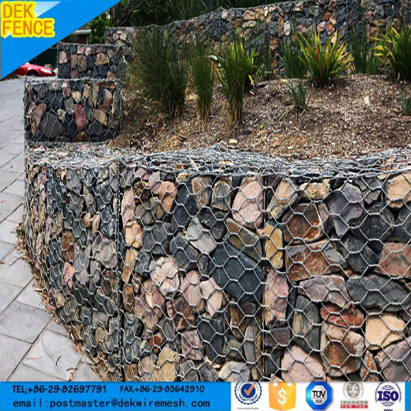 Factory Supply Hot Selling 2017 Galvanized Wire Cages Rock Retaining Wall