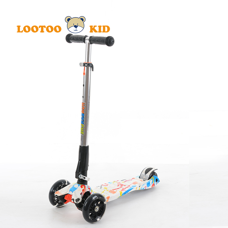 Easy folding flicker game swing cartoon 4 wheels kick kids scooters for children 4 years push