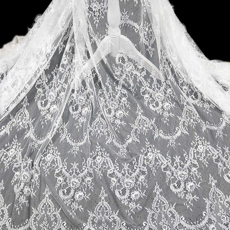 2018 new design french lace materials elegant fancy lace fabric white guipure wedding lace fabric for dresses фото