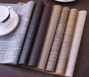 Heat-resistant And Stain Resistant Anti-skid Washable PVC Table Mats Woven Vinyl Textilene Placemat