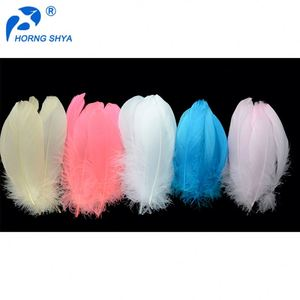Wholesale Hot Sales Decorative Eco-friendly Dyed 7grams/polybag White Goose Coquille Down Feathers Price