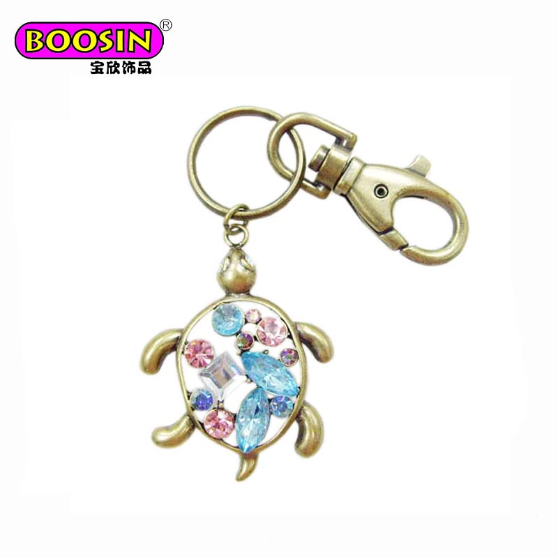 Popular fashionable factory supply Retro metal crystal animal turtle keychain