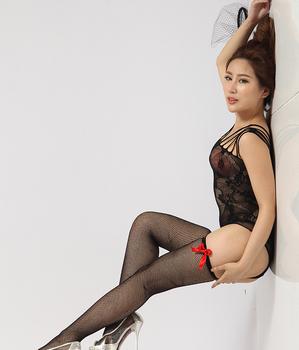 Hot tan girl in hooters pantyhose
