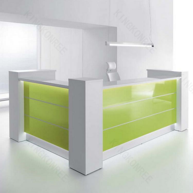 komfortable marmor top b ro schreibtisch und st hle. Black Bedroom Furniture Sets. Home Design Ideas
