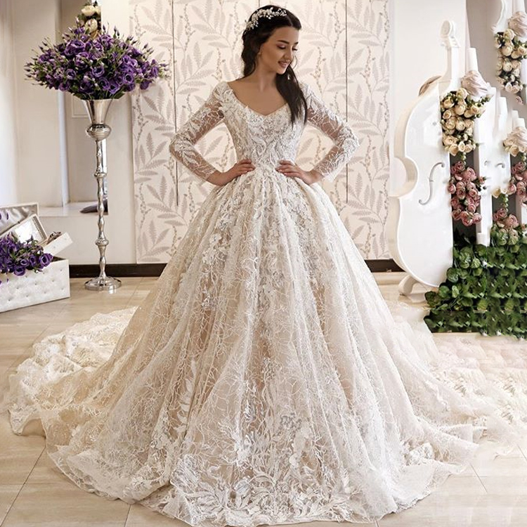 2019 Exquisite Lace Long Sleeve Wedding Dress Ball Gown Modern V Neck Chapel Train Corset Bridal Gowns Robe de mariage, Customized