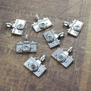 Customized antique silver camera charms metal tibetan camera pendant 20 x 15 mm