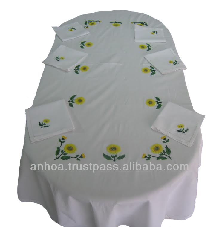 100% Cotton Hand Embroidery Table Cloth And Napkin Sunflower Pattern for restaurant