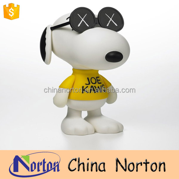 Park decoration cartoon dog fiberglass statue life size snoopy NT-FSB156