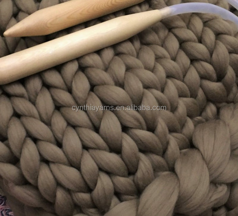 Factory Price Wholesale Chunky Wool Yarn 19 Microns Soft Thick