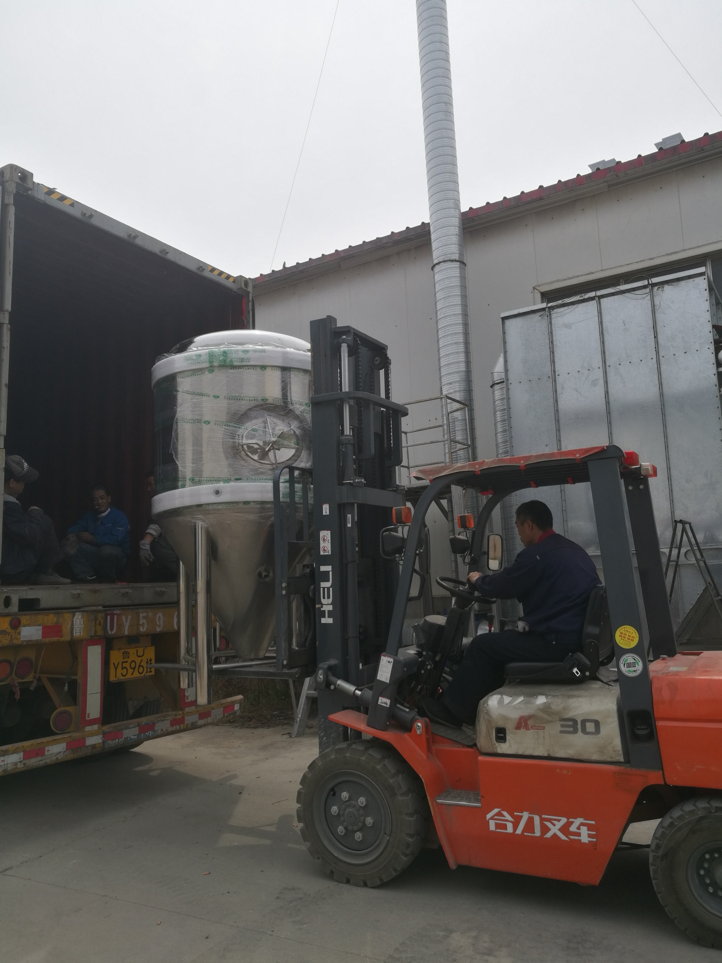 1000L brewery to Russia 05
