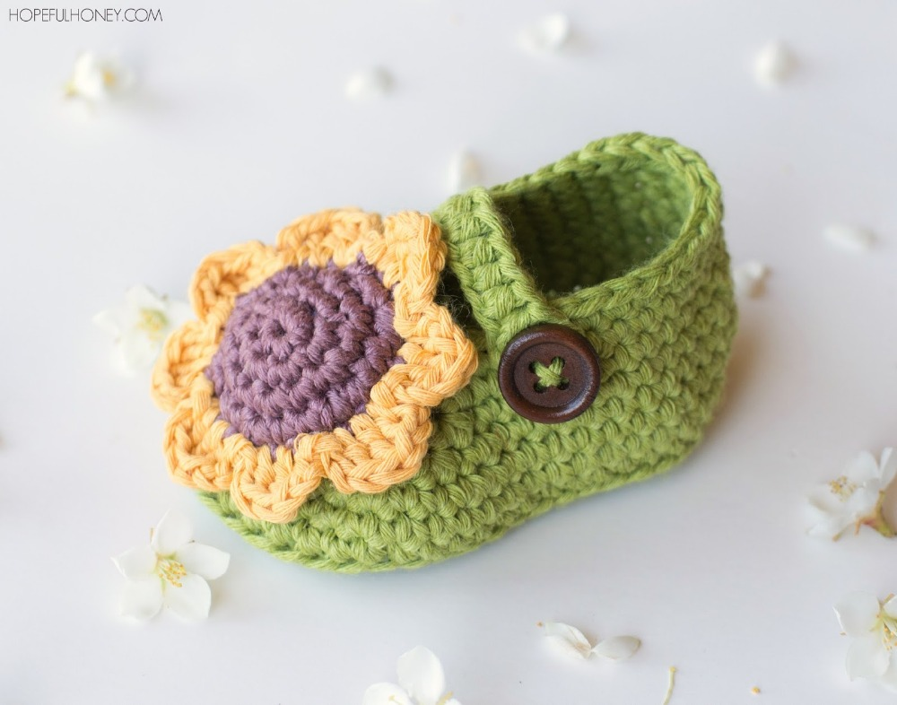 cute comfortable handmade crochet knit babay shoes