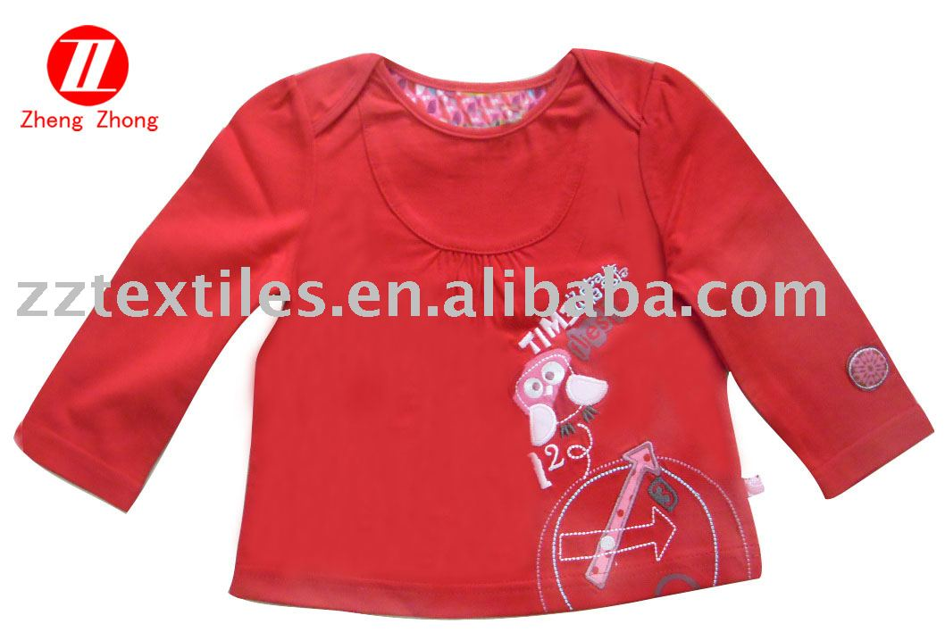 Girls T-shirt with embroidery