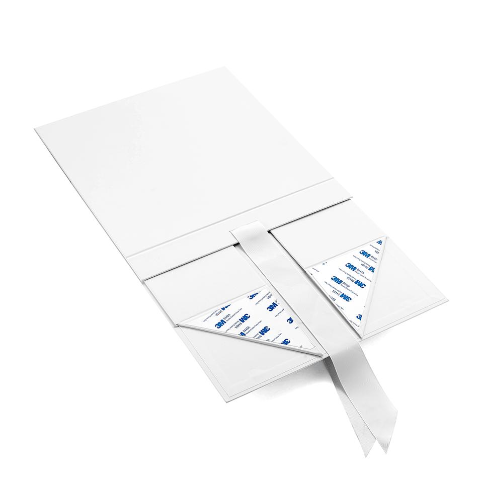 Large luxury custom foldable magnetic black white paper cardboard hamper gift box with ribbon