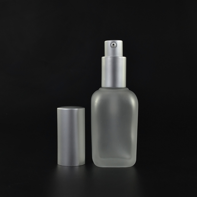 Cosmetics 30ml 1oz 50ml 100ml frosted clear/amber Square Glass bottle with spray/lotion cap on sale