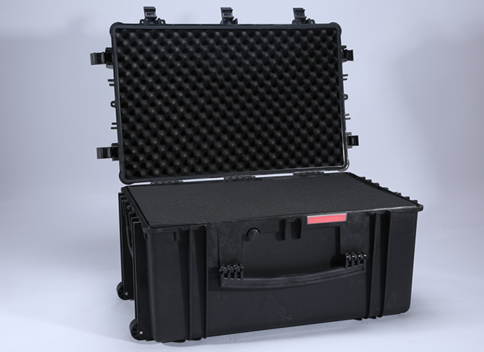 764840 model Tsunami large hard plastic case shockproof flight case with easy open double throw latches and pull handle