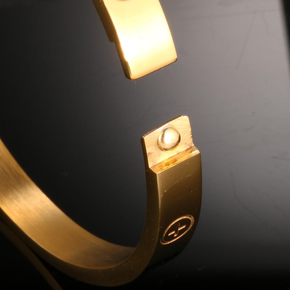 bangle bracelet (3).jpg