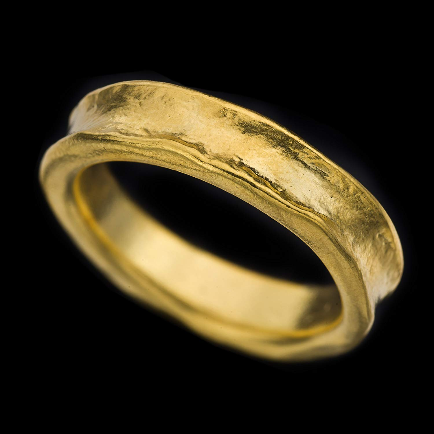 Rough Looking 18k Solid Gold Wedding Ring,Naturally Curved Wedding Band, Unisex Jewelry,Handmade,Fine Jewelry,Resizable.R49-18K