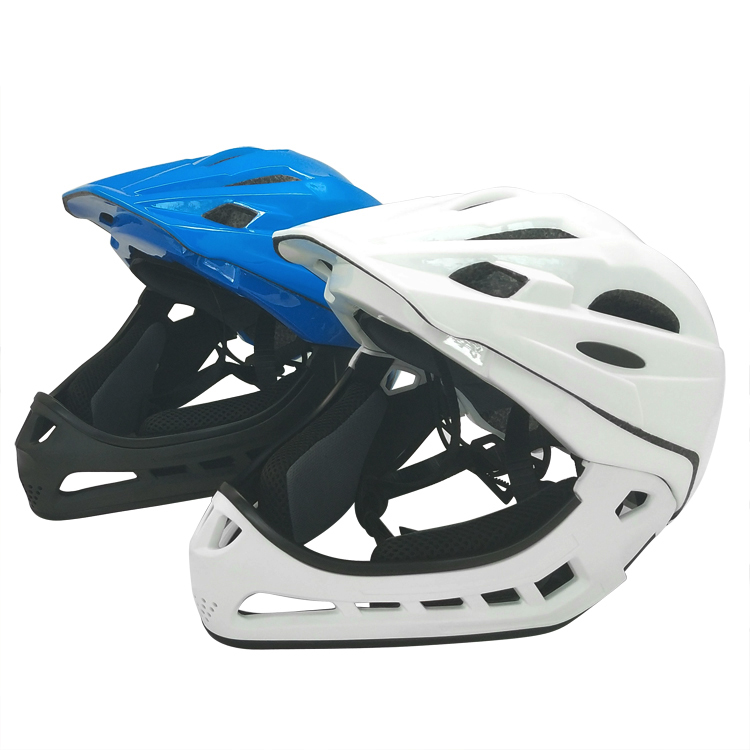 Full-face-helmets-with-goggles-for-downhill