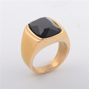 Simple and Fashion Mens Jewelry Ring Gold Plated with Black Agate Stone Ring
