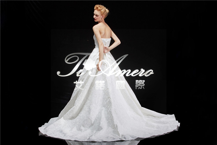 Expensive Luxury Strapless Royal High End Lace Fabric Muslim Wedding Gown Free Prom Dress