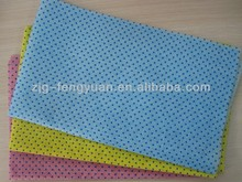 nonwoven cleaning cloth with plastic dot