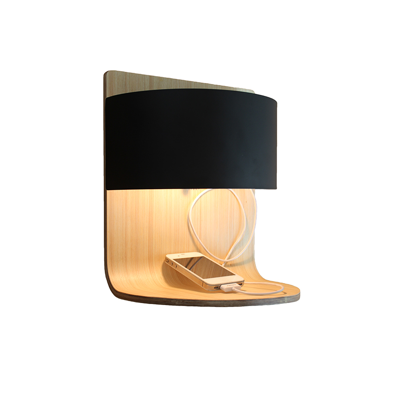 Hot Selling Modern Decorative Indoor Wood Hotel USB wall light Bedside Wall Sconce Lamp with USB