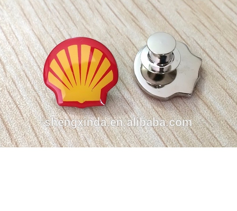 custom shell shaped metal pin badge gold and silver