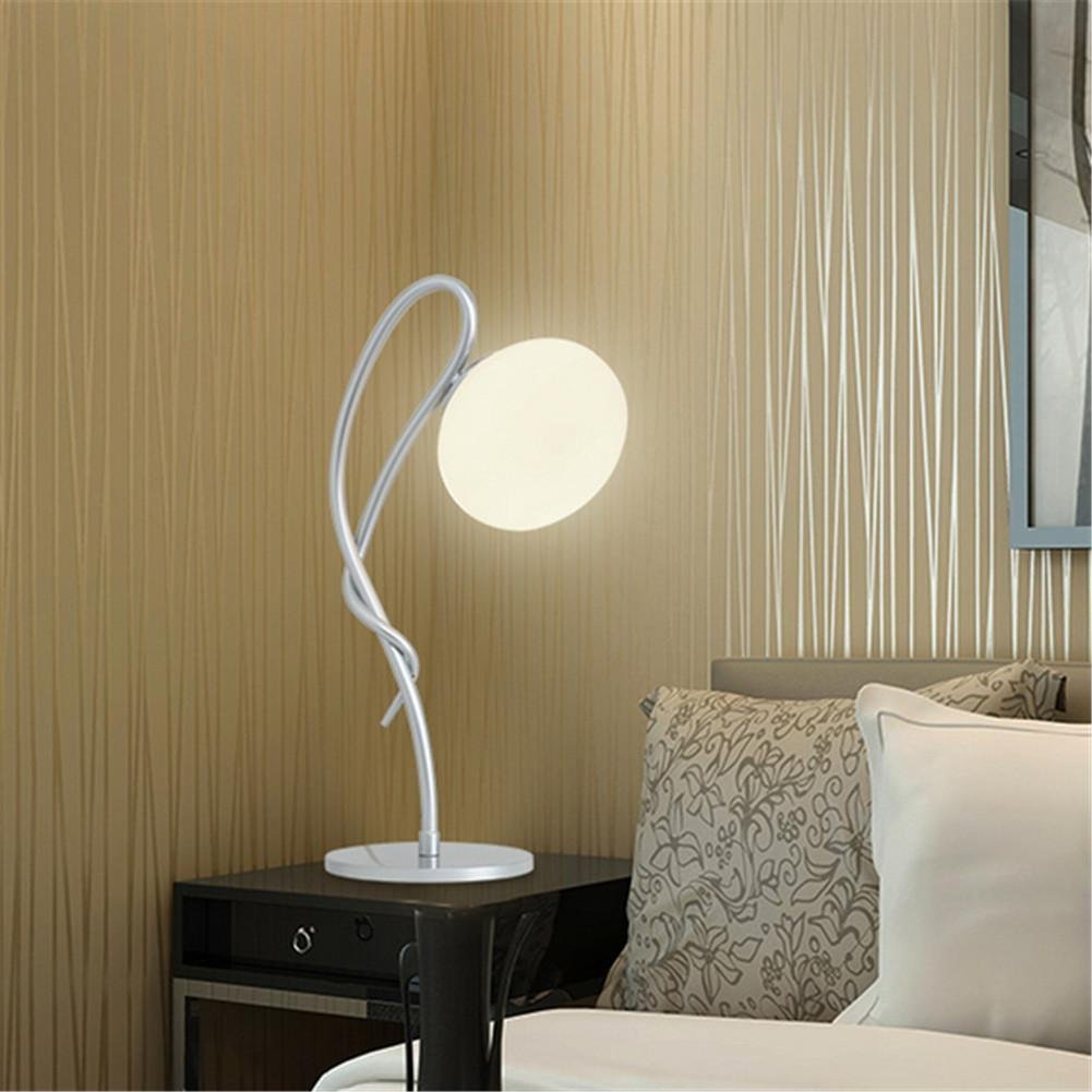 DGS Modern Simple Creative Desk Lamp Fashion Personality Bedroom Bedside Lamp Living Room Study Glass Lamp Decoration Lamp