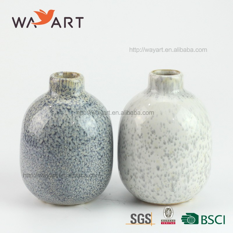 Newest Hand Made Delicate Mini Stoneware Vase For Home Decoration