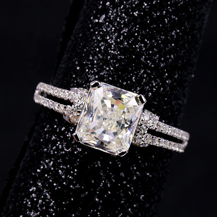 S925 <strong>silver</strong> 2 carat cubic zirconia high quality engagement ring