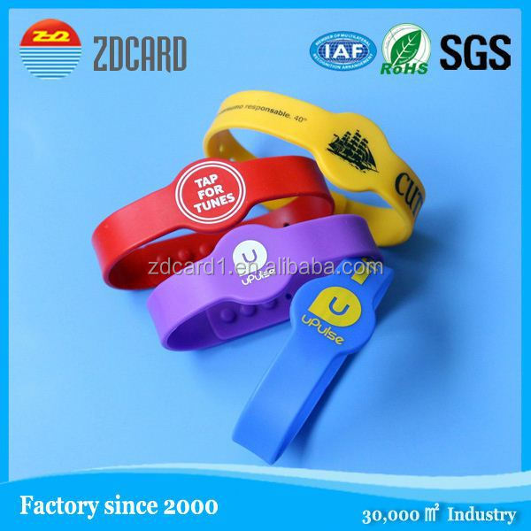 Professional long range writable passive printable and writable bracelet