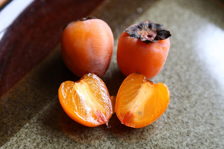 луковицу две шарон фрукт фото много слов