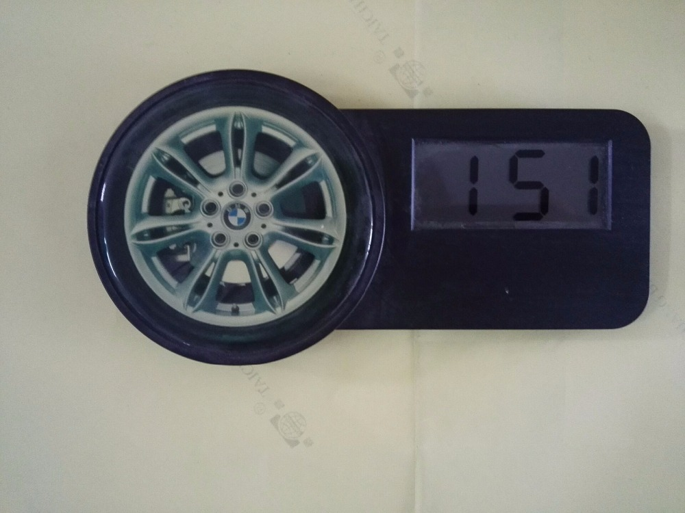 Wholesaler Different Shapes Of Wall Clocks Different