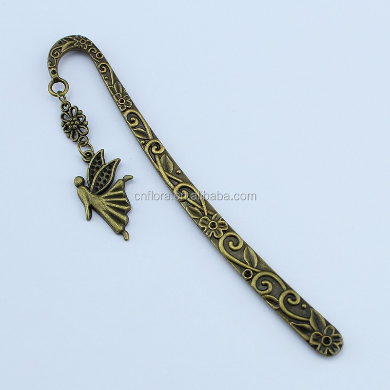 Hot selling creative wedding favor gifts different shapes metal bookmark