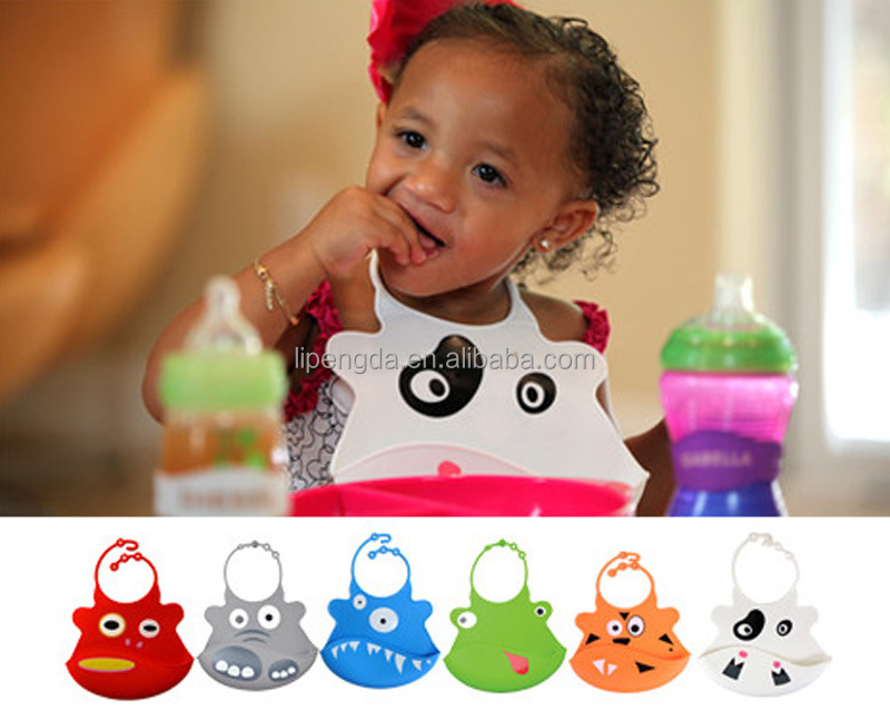 2017 Eco-Friendly and Soft Baby Christmas Bibs Cure Baby Silicone Bibs