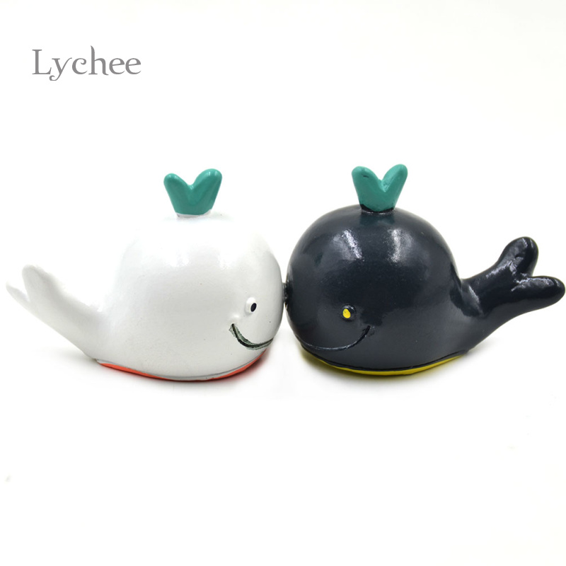 1 Pair Cute Scandinavian Resin Black White Smile Whale Decoration Oeacn Nautical Decor
