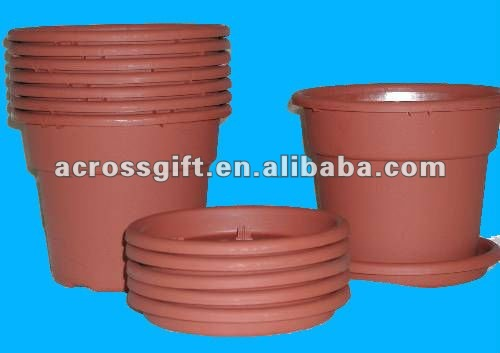High quality terracotta pots with saucer