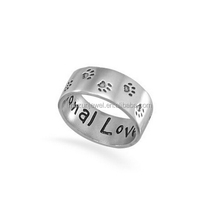 Inscription Unconditional Love Sterling Silver Paw Print ring band