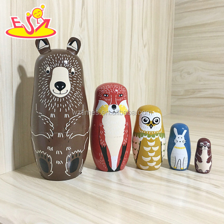 2018 Wholesale diy matryoshkas 5 pcs wooden animal russian doll for kids W06D104