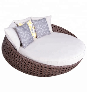 Green all weather indoor wicker round daybed