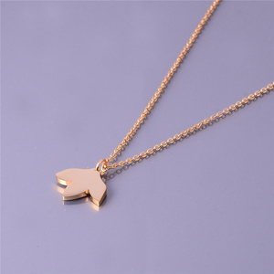 Leaf Shaped Pendant for Women Charming Jewelry