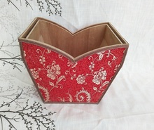 High quality competitive price unique craft wooden gift basket