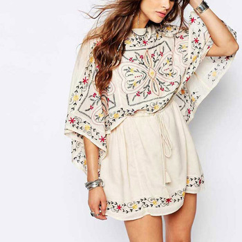 Floral Embroidered Tunic Dress Batwing Sleeve Boho Dress Hippie Women  Clothing 2017