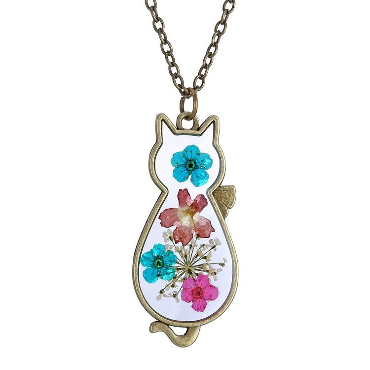 Exquisite creative cat shaped crystal glass pressed flower exquisite creative cat shaped crystal glass pressed flower necklace diy dried flowers pendant necklace jewelry mozeypictures Images