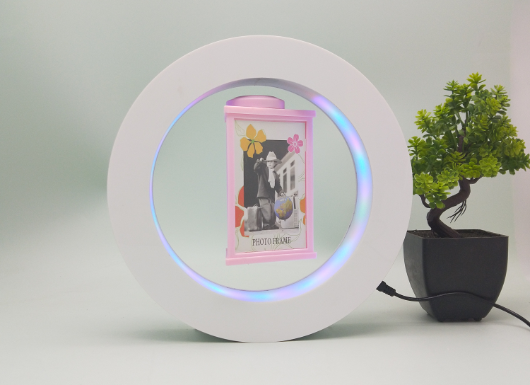 magnetic levitation photo frame made by Acrylic 2019 gift